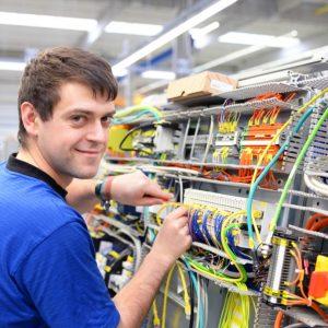 Hartz 4 und Zweitausbildung zum Elektroniker